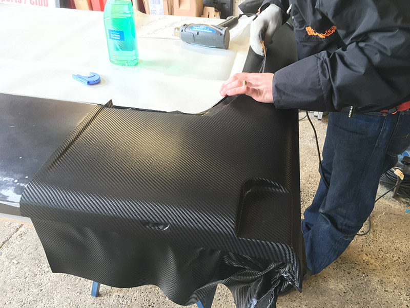 carbon vinyl wrapping