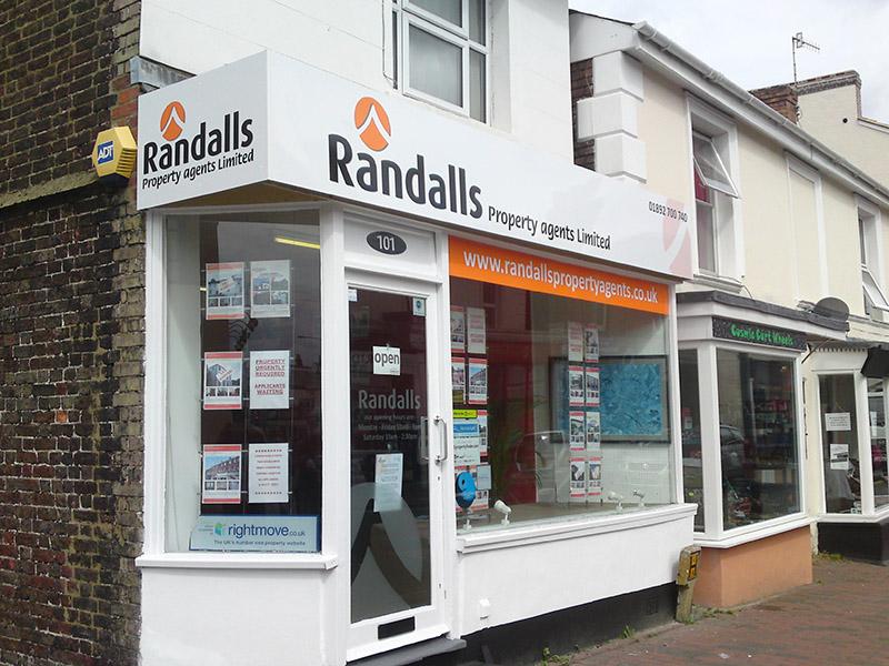 randalls shop facia